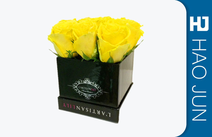 Shenzhen Customized Luxury Packing paper Cardboard flower boxes packaging